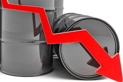 دوشنبه 4 شهریور ، کاهش قیمت نفت درپی افزایش خطر رکود