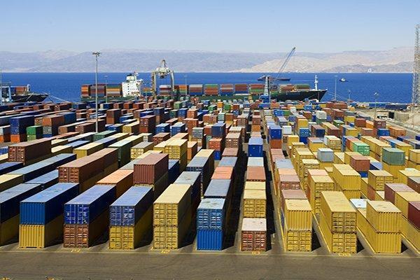 قاچاق لوازم یدکی خودرو های سنگین توسط یک شرکت خارجی به ایران