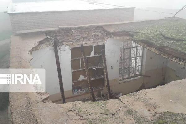 فرو ریختن سقف دبستان فجر روستای بلادیه دزفول