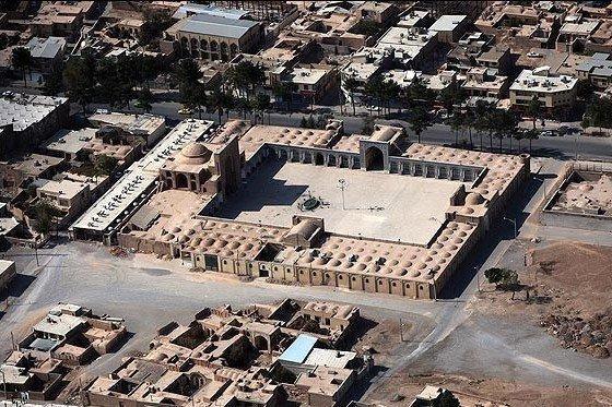 طراحی نمادهای متناسب با بافت تاریخی اصفهان لازم است