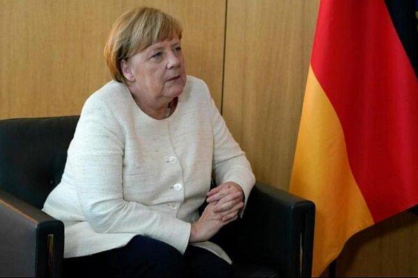 مرکل: سران اتحادیه اروپا 7 فروردین نشست ویژه ای برگزار می نماید