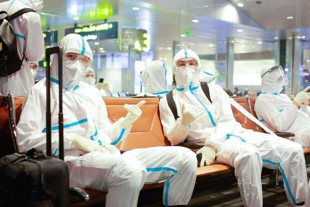 باشگاه شانگهای چین با لباس ضدکرونا در لیگ قهرمانان آسیا