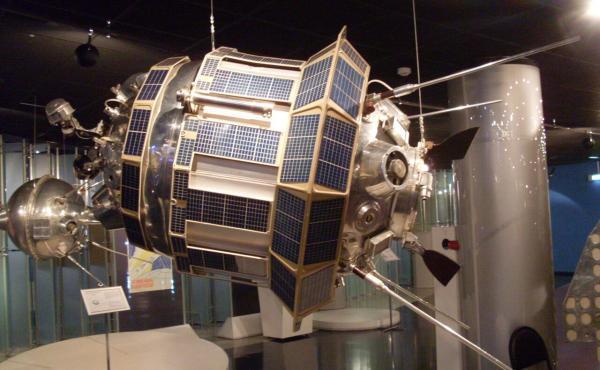 خبرنگاران روسیه و چین ایستگاه فضایی ایجاد می نمایند
