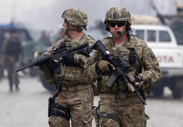 نشریه انگلیسی: صدها نظامی خارجی برای جلوگیری از سقوط کابل در افغانستان باقی می مانند